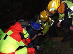 Waipu Caves Rescue of School Party